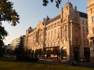 Gresham Hotel Exterior