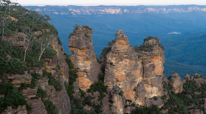 The Three Sisters, Blue Mountains South of Katoomba Source: Wikipedia