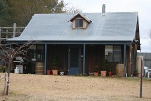 Cherry Lane Cottage Gulgong & around the farm property (15)