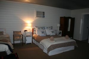 Cherry Lane Cottage, Gulgong Farm Accommodation (2)