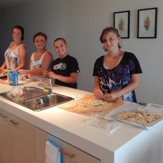 Making chicken schnitzel