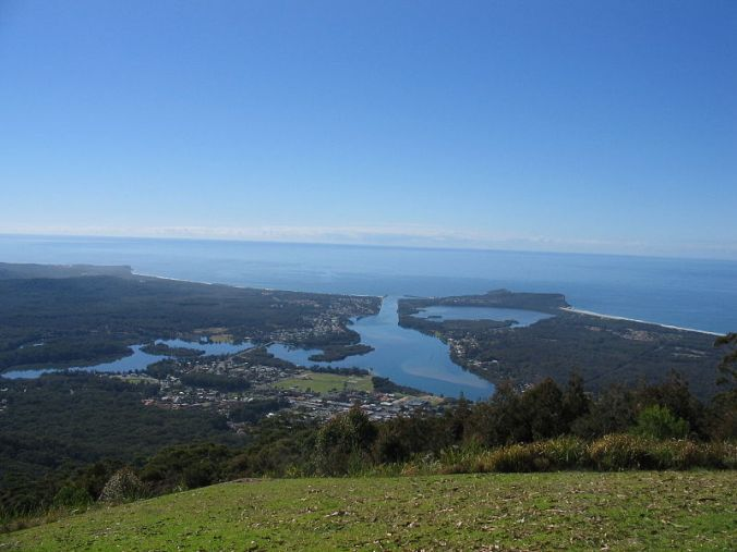 Overlooking Laurieton from North Brother Lookout  Image: Courtesy Rohan Stelling July 2005 Wikipedia