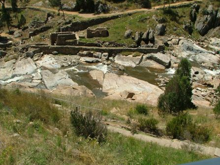 Relics of the Gold Digging site at Adelong (10) 22Nov2010