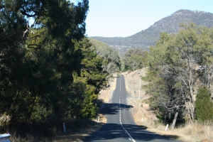 Driving through Warrumbungle National Park