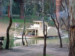 Echuca Weekend May 2003 032