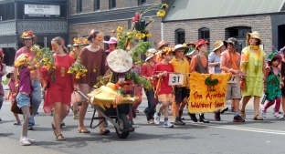 The Waldorf School Armidale Street Parade March 2014