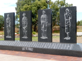 War memorial Tamworth