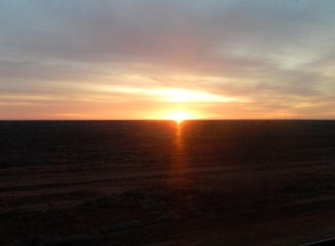 Dawn on Day 3 Indian Pacific 2016-05-20