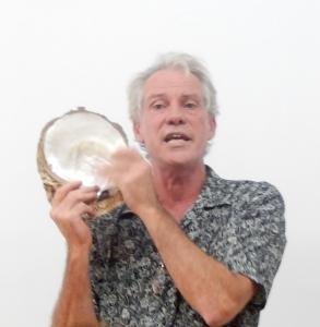 Marty of Cygnet Bay Pearls Broome explaining Pinctada maxima May 2016
