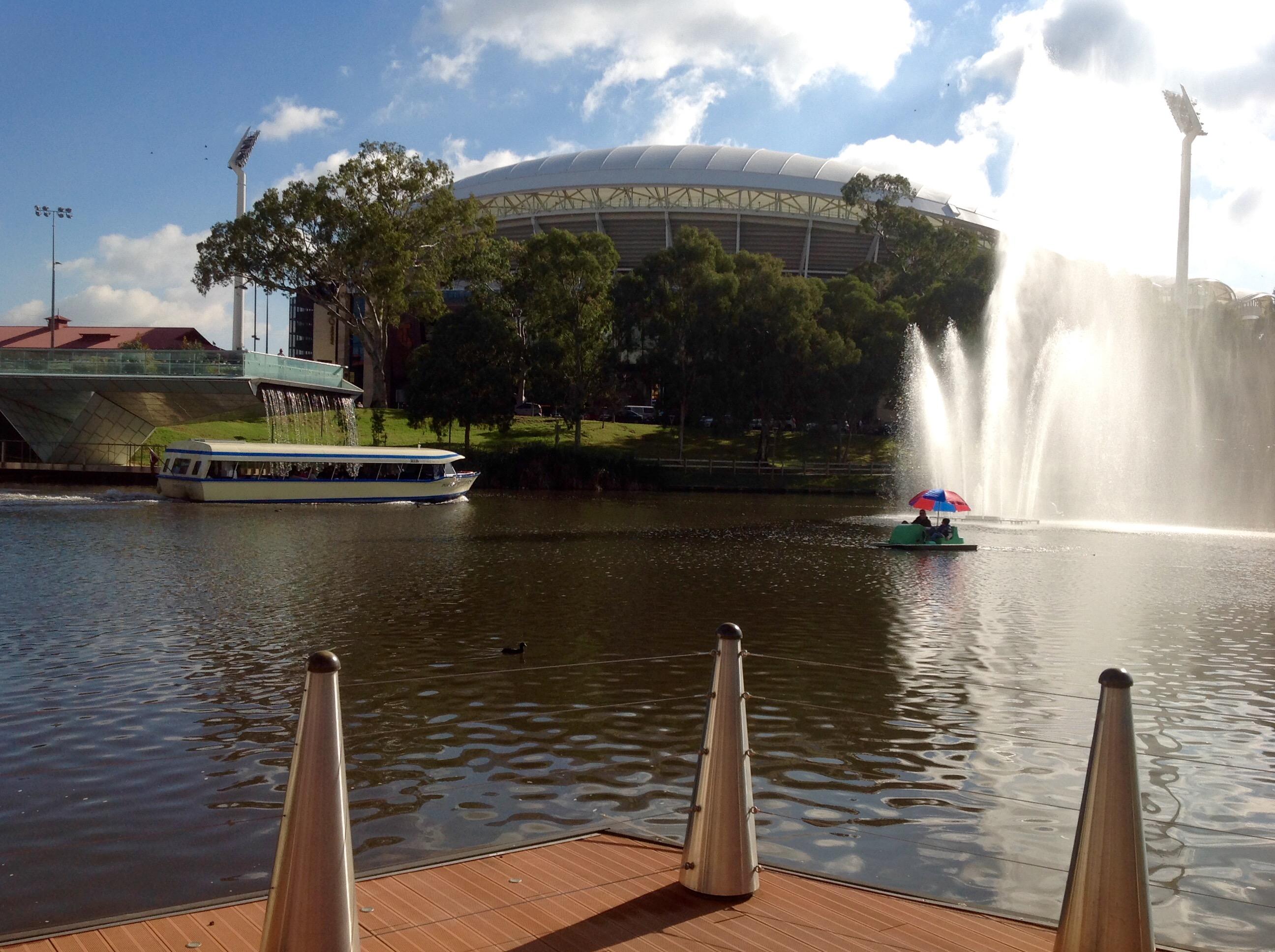 Water fountains adelaide - Torrens River Adelaide 4 Jun 2016