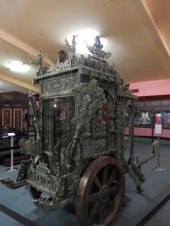 jade-golden-dragon-museum-bendigo-dec-2016-3-768x1024