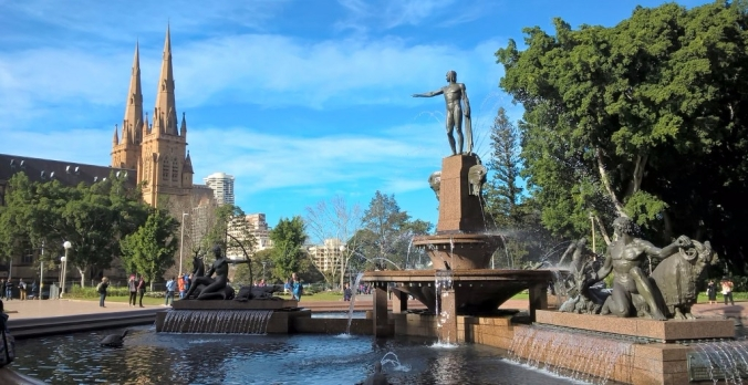 archibald-fountain-hyde-park-with-st-marys-catholic-cathedral-in-background-3-1024x529.jpg