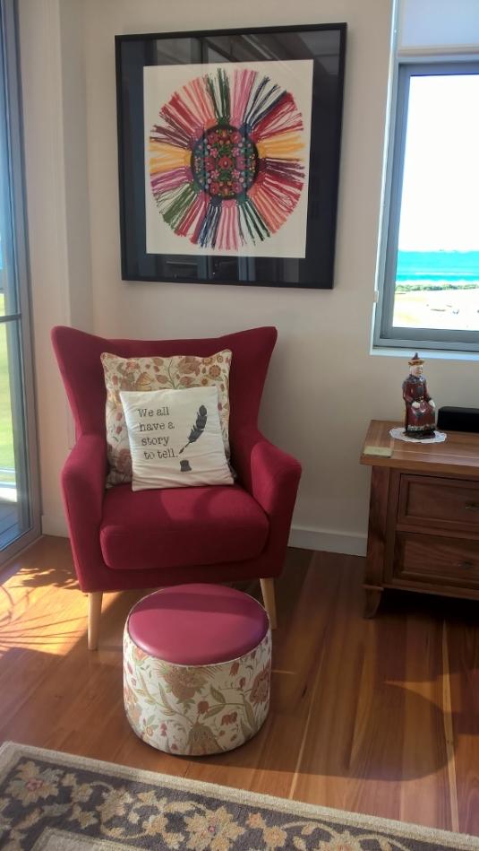 Cosy Living Room Corner (577x1024)