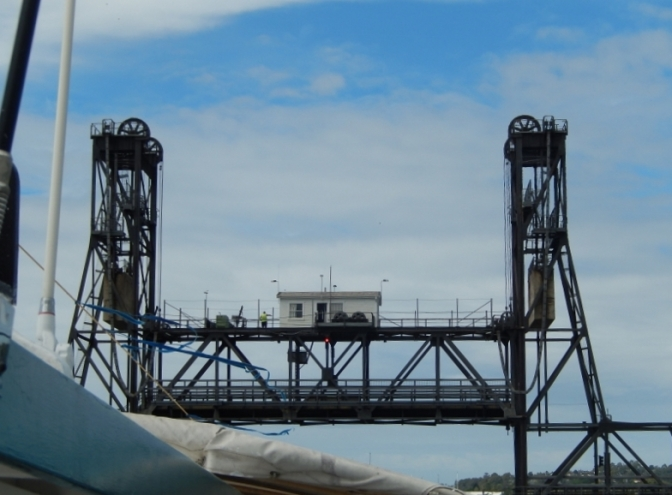 Batemans Bay Lifting Span Bridge Feb 2015 (1)