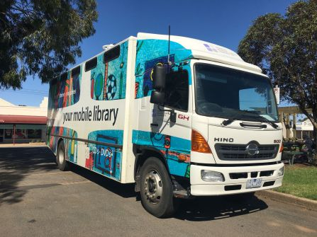 Minyip mobile library 2rs