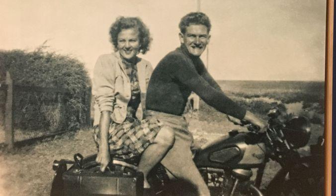 News Limited Bob Hawke and Hazel Masterson 1951rs