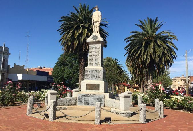 Nhill War Memorial rs2