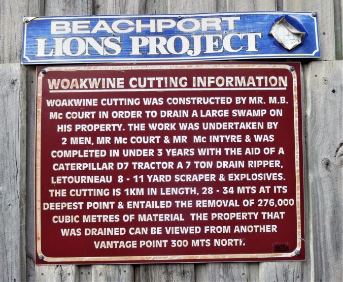 rs Woakwine Cutting Explanatory Board Beachport SA 17Mar20